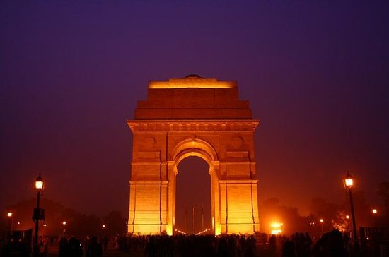 Private 5-Day Train Tour to Agra and...