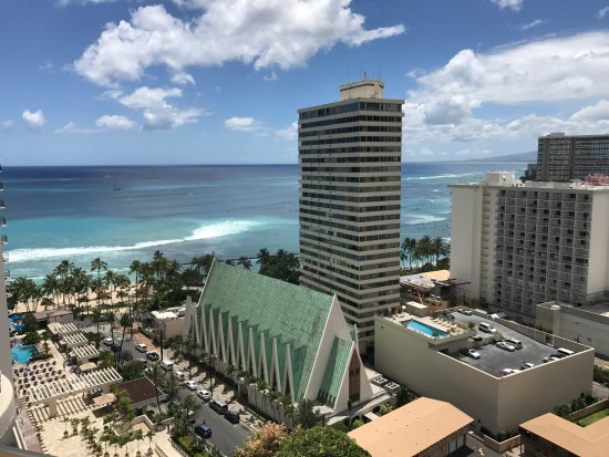 Waikiki Beach Marriott Resort & Spa: Waikiki Beach view from balcony