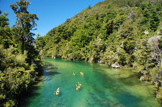 14-Day South Island Adventure Tour...