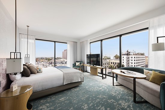 The Grill at The Highlight Room at Dream Hollywood - Picture of Dream Hollywood, Los Angeles - Tripadvisor