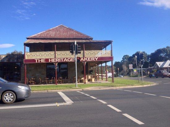 Milton, Australien: Historic Building