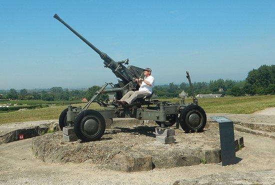 Saint-Marcouf, Frankrijk: antiaircraft gun
