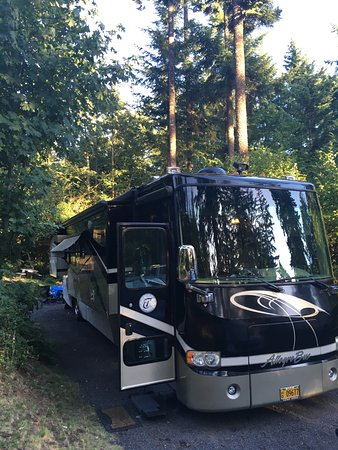 Stevenson, WA: Our 40 ft. RV at our campground site at Timberlake Campground and Rv Park