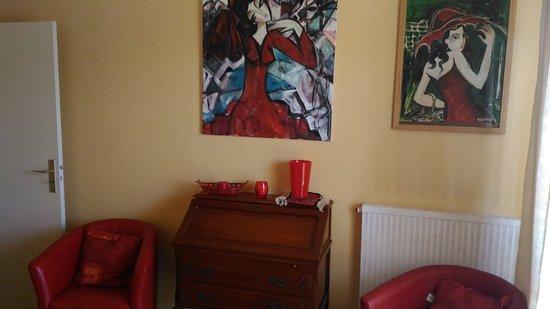 Chambre rouge et jaune - Photo de Au Pied du Canigou, Vernet-Les ...