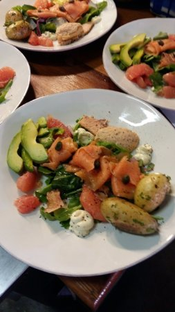 Stanford, Zuid-Afrika: Smoked Trout and more