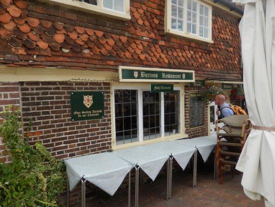 Mrs Burton's Restaurant and Tea Room: la façade du restaurant