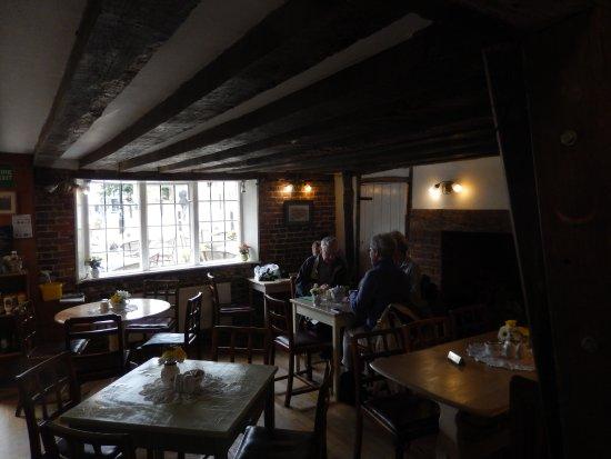 Mrs Burton's Restaurant and Tea Room: La grande salle de restaurant