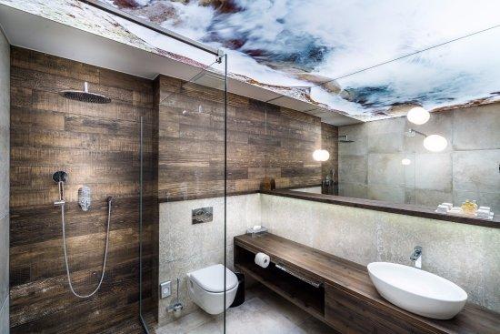 Demanovska Dolina, Σλοβακία: Kúpeľňa v hotelovej izbe