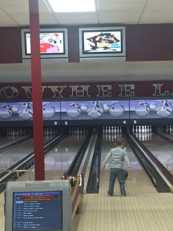 Homedale, ID: Comfort food, catering and bowling!