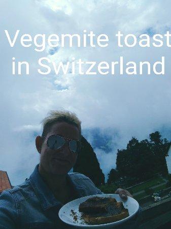 Beatenberg, Suiza: IMG_1500027221188_large.jpg