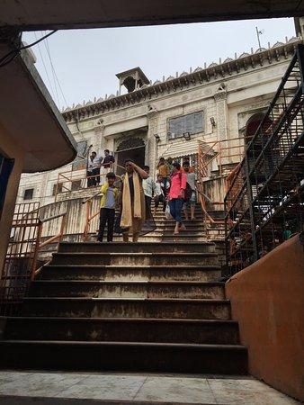 Pavagadh, India: Temple Entrance