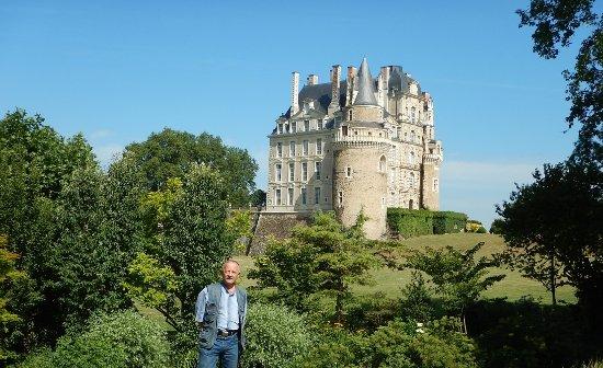 Бриссак-Кинс, Франция: castle 2