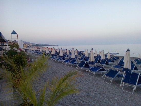 Marina di Gioiosa Ionica, Italie : spiaggia