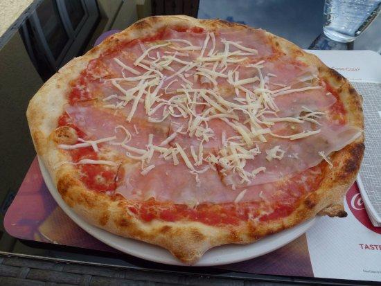 Malborghetto-Valbruna, Italia: Tasty pizza