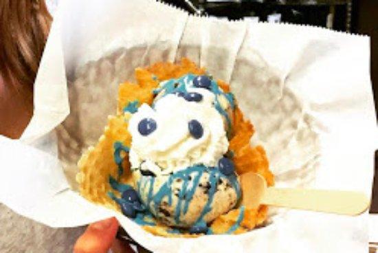 เอลเบอร์ตัน, จอร์เจีย: Blue Devil Sundae-yum!