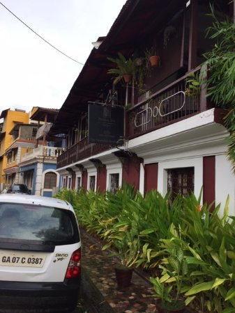 Fontainhas: Lovely two storey buildings  with lot of plants around.