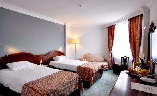 Zdjęcie Mustafa Hotel
