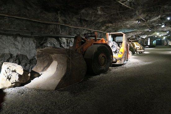 Lohja, Finlande : Kaivoksessa käytettyjä koneita
