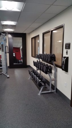 Murfreesboro, TN: fitness center with earbud dispenser on wall