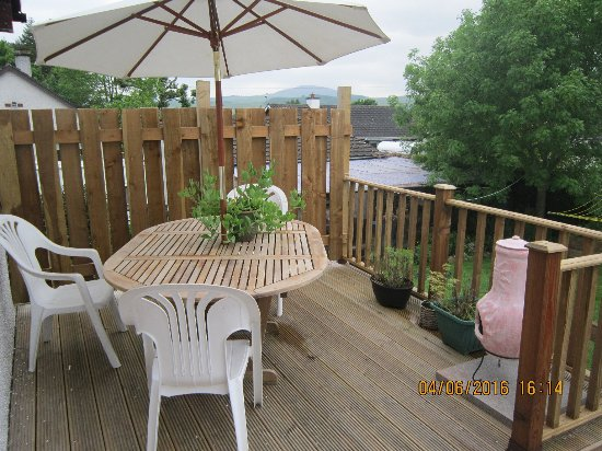 St. John's Town of Dalry, UK: The guests decking area.