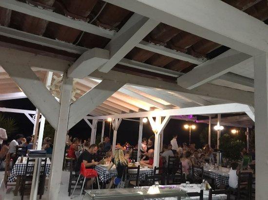 Restaurant & Bar & Pizzeria Te Stefi: Hotel Te Stefi
