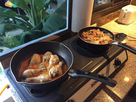 Ya Nui Resort: Ужин туриста