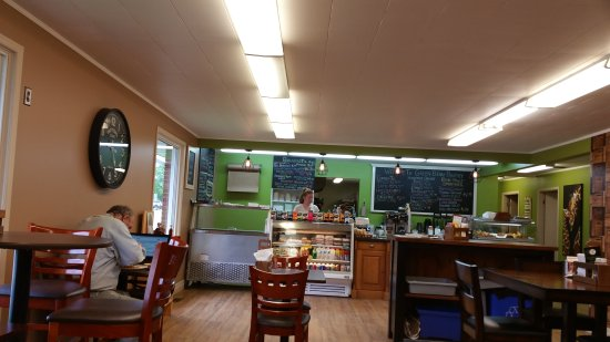 Walkerton, Canada: Green Bean Pantry
