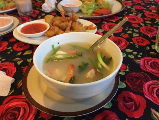 Ya Nui Resort: Еда в соседнем ресторане