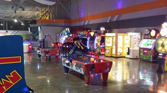 Newport News, VA: Speed Club Center