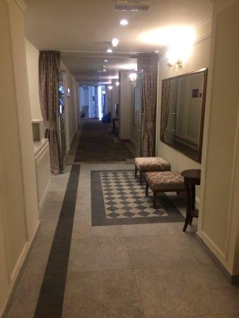 Remisens Premium Grand Hotel Palace: Gyönyörű A Wellness... Tiszta, Modern,