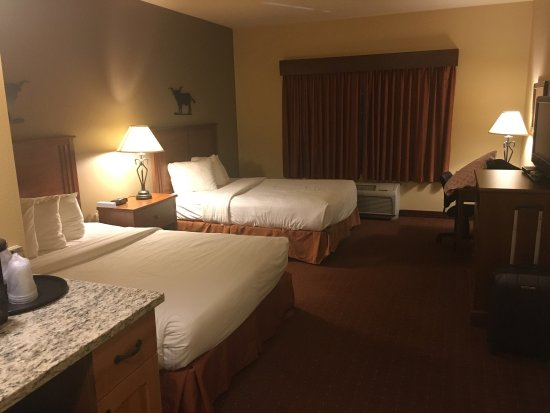 AmericInn Hotel & Suites Fargo South — 45th Street: photo6.jpg