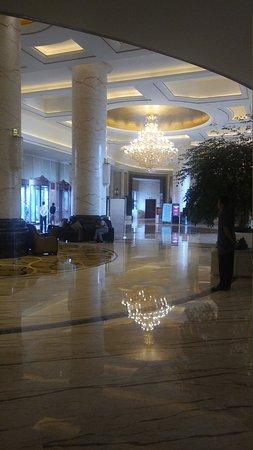 New Century Grand Hotel: 20170704_073718_large.jpg