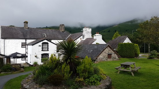 Machynlleth, UK: The Back of the Inn