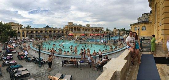 Bagni Széchenyi - Picture of Szechenyi Baths and Pool, Budapest ...