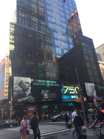 Renaissance New York Times Square Hotel: photo1.jpg