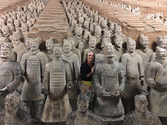 The Museum of Qin Terra-cotta Warriors and Horses: No fim da visita tem