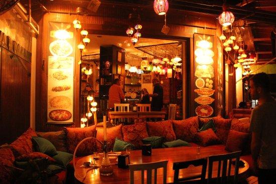 Cafe Rumist: مطعم ذا ريمست في السلطان احمد