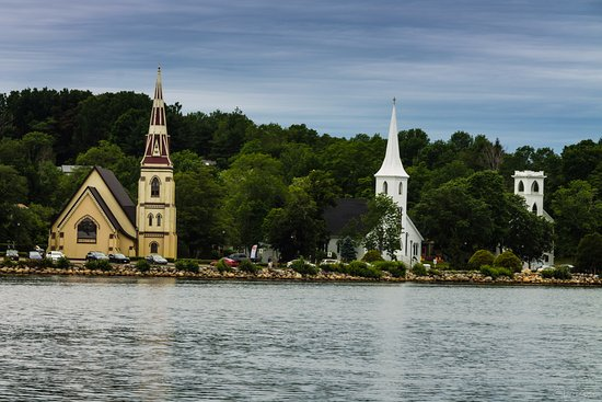 South Shore Boat Tours: Mahone Bay