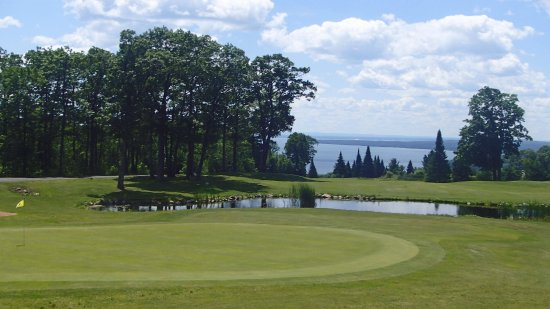 Apostle Highlands Golf Course: Clubhouse Deck View