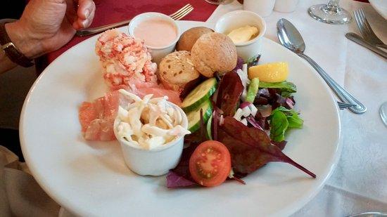The Riverside Restaurant: Prawn & Smoked Salmon Salad at The Riverside