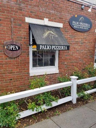 Palio Pizzeria: Front Oblique