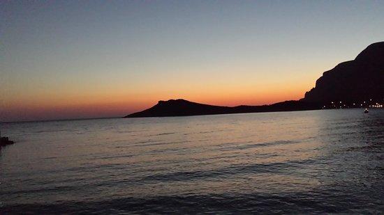 Myrties, Grèce : 20170713_211027_large.jpg