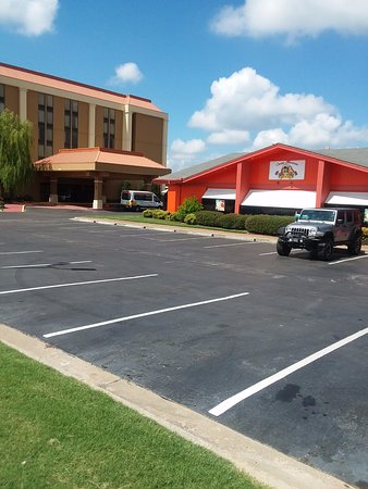 La Quinta Inn & Suites Memphis Airport Graceland: Our hotel is located walking distance of the best Margarita's in town!