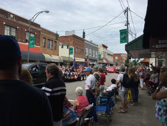 Mount Airy, NC: Parade