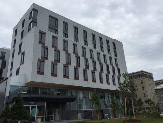 Dalhousie University: photo0.jpg