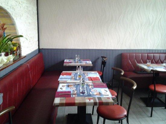 Vimoutiers, France: Notre salle arriere