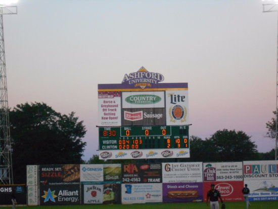Clinton, IA: Scoreboard...Lumberkings scored two more runs later.