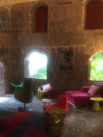 Nevis: Lounge area
