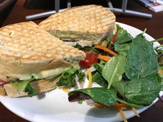 Dover, NH: Turkey sandwich special