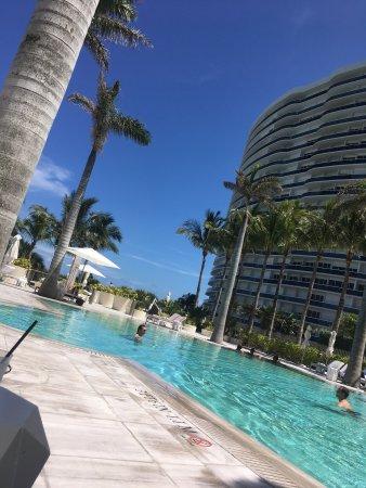 The St. Regis Bal Harbour Resort: photo0.jpg